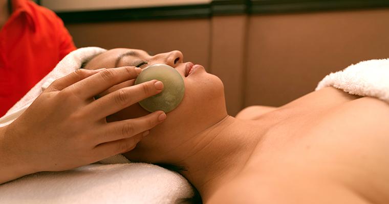 Hot Stone Facial Massage